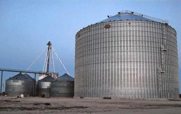 commercial grain bin